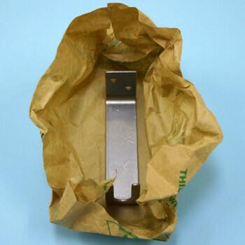 食器や食品用容器コンテナのサビ止め用包装紙