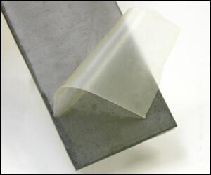 乾燥すると手ではがせるフィルム膜になる保護防錆剤です。