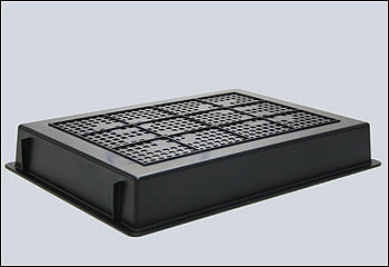 導電性カーボン樹脂製のクリーンルーム用トレーは、ブリード汚染しない静電気帯電防止のカゴ皿容器です。