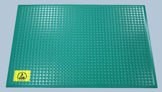 クリーンルーム用の立ち作業で、足の疲れを軽減する床用マットシートです。