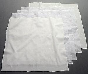 クリーンルーム用タオルは極厚手の雑巾なので、ゴミやホコリが出ない無塵ダスターとして拭き掃除ができます。