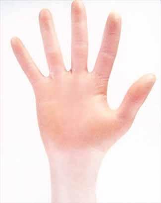 クリーンルーム用ニトリル手袋は、溶剤で拭き取り作業をしても成分が溶出しないNVRを防止するグローブです。
