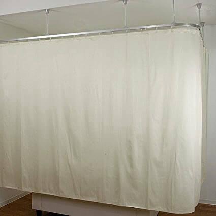 静電気対策ができる帯電防止クリーンルーム用カーテンは、糸くずやゴミが出ない無塵の低発塵生地です。