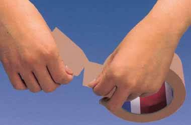 手で切れる透明な梱包テープは、切り口がめくれて楽に探せるOPPテープです。